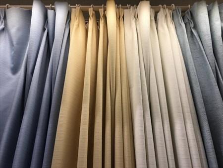 部屋別のおすすめカーテンカラー